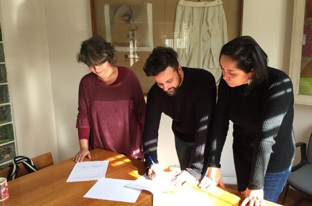 Firma de convenio entre Sidarte y Corporación la Morada